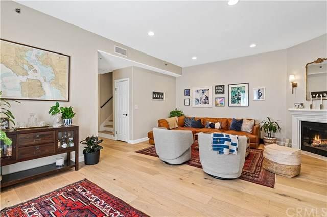 5521 Kester Avenue #13, Sherman Oaks, CA 91411 (#CV20070132) :: Allison James Estates and Homes