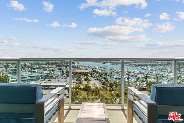 13700 Marina Pointe Drive - Photo 1