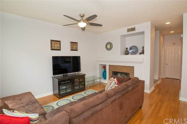 4 Via Vicini, Rancho Santa Margarita, CA 92688 (#PW20079450) :: Doherty Real Estate Group