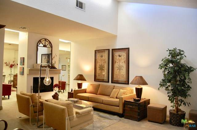 1465 E Amado Road, Palm Springs, CA 92262 (#20572264) :: Arzuman Brothers