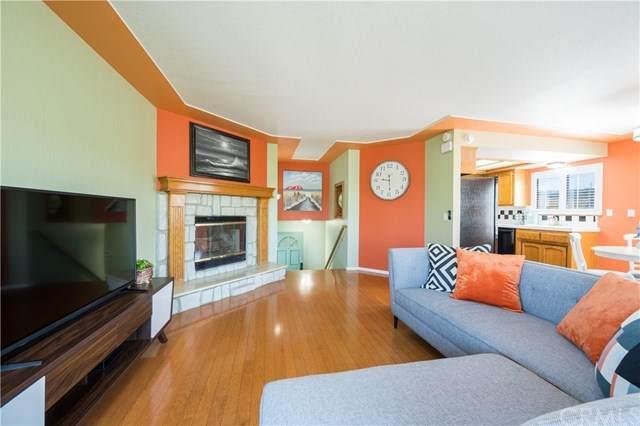 1877 Newport Avenue, Grover Beach, CA 93433 (#PI20080326) :: Go Gabby