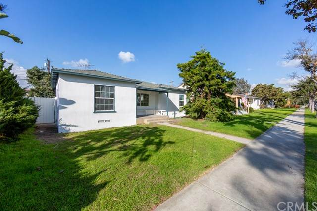 3823 Cherry Avenue, Long Beach, CA 90807 (#RS20080779) :: Rogers Realty Group/Berkshire Hathaway HomeServices California Properties