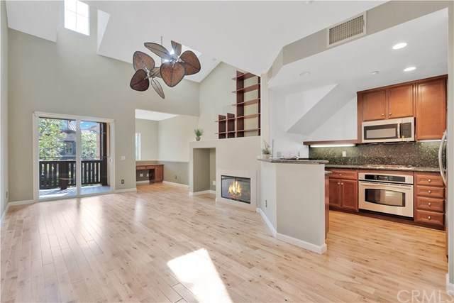 207 Danbrook, Irvine, CA 92603 (#CV20082757) :: Doherty Real Estate Group