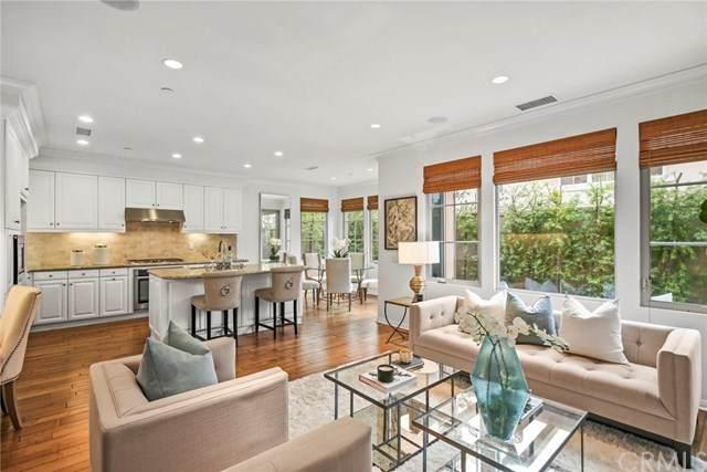 80 Borghese, Irvine, CA 92618 (#OC20083314) :: Allison James Estates and Homes