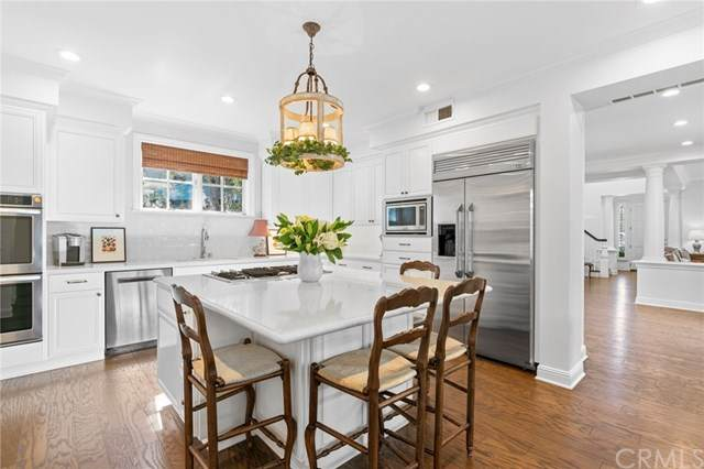 70 Crooked Stick Drive, Newport Beach, CA 92660 (#NP20004098) :: Sperry Residential Group