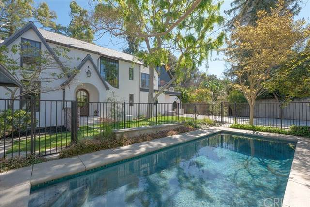 12019 Laurel Lane, Studio City, CA 91604 (#SR20088335) :: Rogers Realty Group/Berkshire Hathaway HomeServices California Properties
