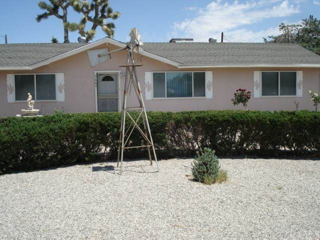 7667 Lucerne Vista Avenue, Yucca Valley, CA 92284 (#JT20089441) :: RE/MAX Masters