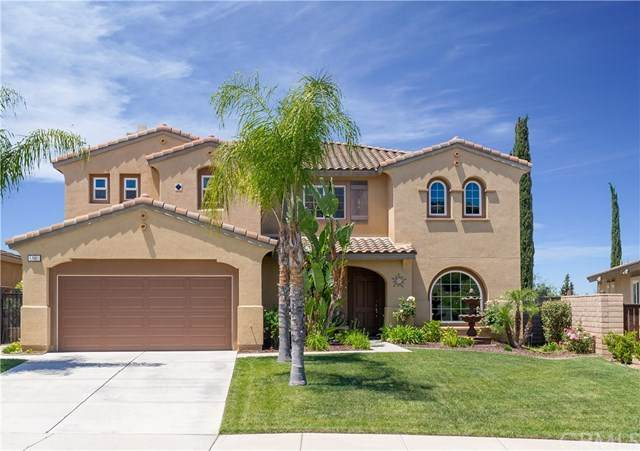 17001 Spring Canyon Place, Riverside, CA 92503 (#IV20090002) :: The DeBonis Team