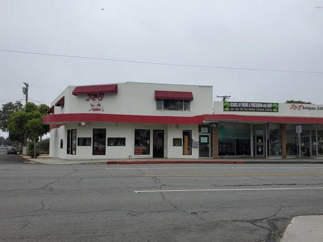 2424 Main Street - Photo 1