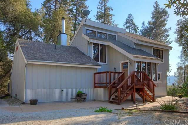 51776 Alta Vista Drive, Oakhurst, CA 93644 (#FR20091236) :: Compass