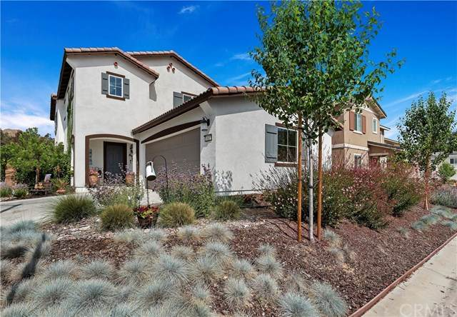 10427 Peregrine Place, Moreno Valley, CA 92557 (#IV20091105) :: American Real Estate List & Sell