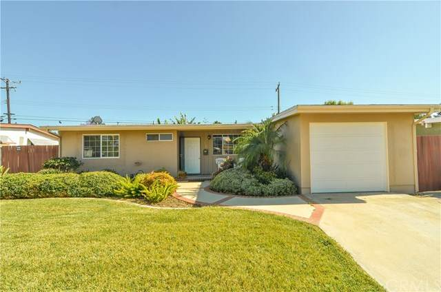 2122 E Walnut Creek, West Covina, CA 91791 (#CV20091426) :: Re/Max Top Producers