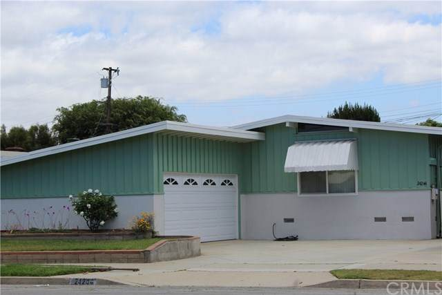 24244 Walnut Street, Torrance, CA 90501 (#SB20092140) :: The Costantino Group | Cal American Homes and Realty