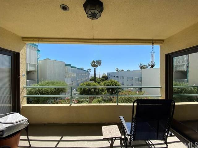 510 The Village #101, Redondo Beach, CA 90277 (#PW20092605) :: Powerhouse Real Estate