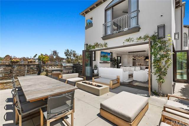 320 Iris Ave, Corona Del Mar, CA 92625 (#NP20091928) :: Z Team OC Real Estate