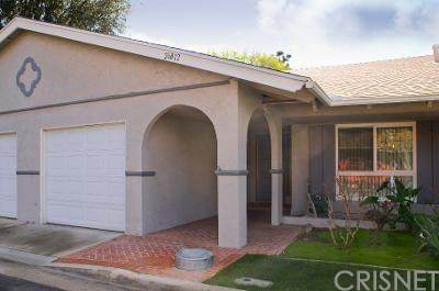 26812 Circle Of The Oaks, Newhall, CA 91321 (#SR20095144) :: RE/MAX Masters