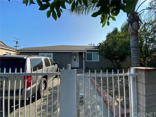 8814 Ranchito Avenue, Panorama City, CA 91402 (#SR20096075) :: Compass