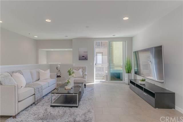 37 Waldorf, Irvine, CA 92612 (#OC20096440) :: Sperry Residential Group