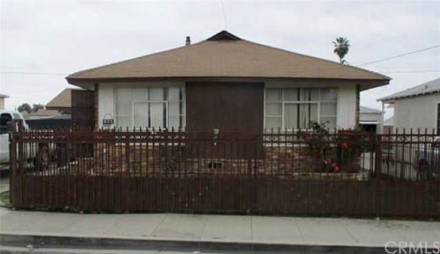 825 W Elm Street, Compton, CA 90220 (#IV20096616) :: Allison James Estates and Homes