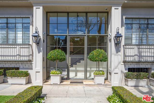 9601 Charleville #18, Beverly Hills, CA 90212 (#20581380) :: RE/MAX Innovations -The Wilson Group