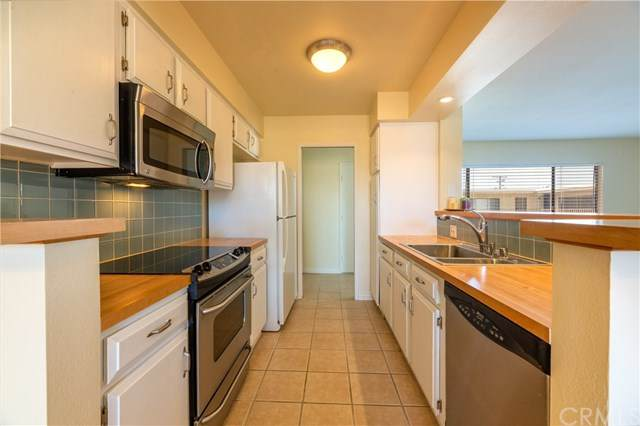 3511 Elm Avenue #414, Long Beach, CA 90807 (#PW20096600) :: Rogers Realty Group/Berkshire Hathaway HomeServices California Properties