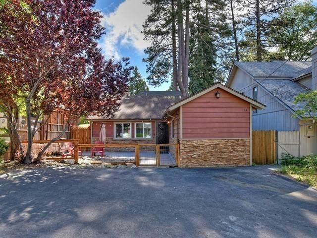 351 Hemlock Drive, Lake Arrowhead, CA 92352 (#219043347DA) :: The Brad Korb Real Estate Group