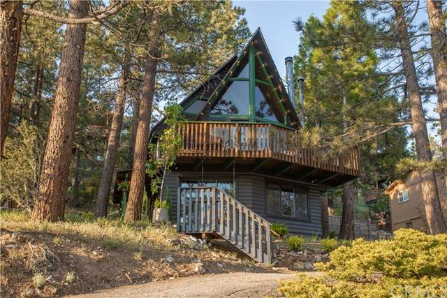 43744 Yosemite Drive, Big Bear, CA 92315 (#EV20043374) :: The Costantino Group | Cal American Homes and Realty