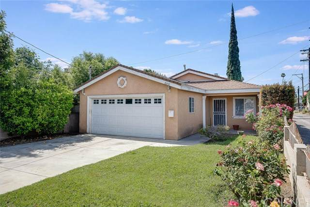 15246 Wyandotte Street, Van Nuys, CA 91405 (#SR20096831) :: The Brad Korb Real Estate Group