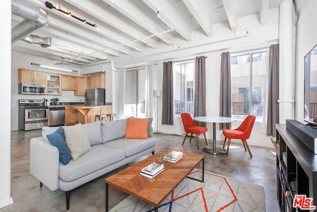 312 W 5TH Street #1006, Los Angeles (City), CA 90013 (#20582300) :: The Marelly Group | Compass