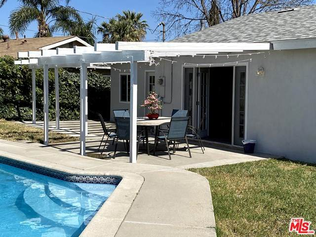 19316 Easton Street, Rialto, CA 92376 (#20582012) :: Coldwell Banker Millennium