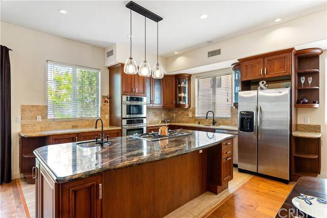 5404 Bellingham Avenue #4, Valley Village, CA 91607 (#SR20099096) :: RE/MAX Empire Properties