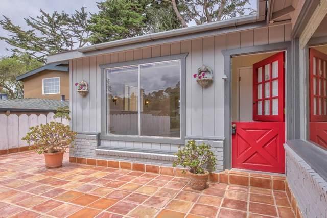1210 Funston Avenue, Pacific Grove, CA 93950 (#ML81793371) :: The Brad Korb Real Estate Group