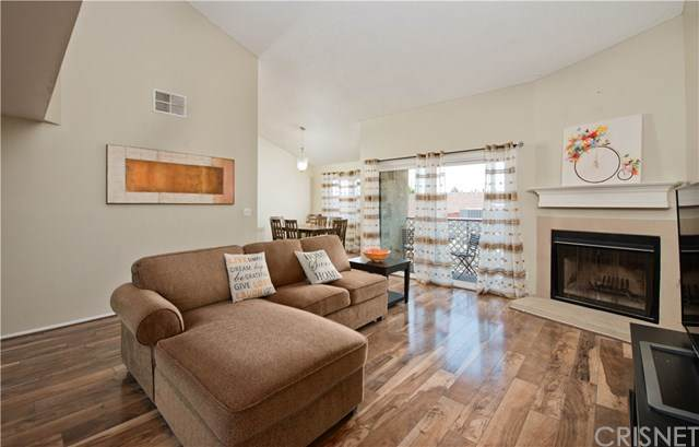 9960 Owensmouth Avenue #33, Chatsworth, CA 91311 (#SR20099456) :: The Costantino Group | Cal American Homes and Realty
