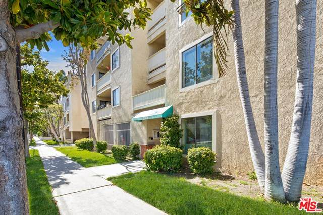 2343 E 17TH Street #113, Long Beach, CA 90804 (#20580208) :: Z Team OC Real Estate