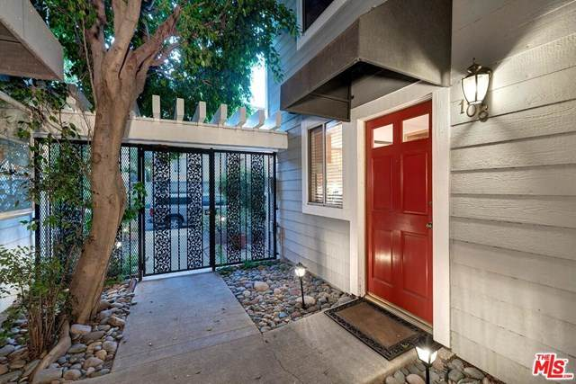 4308 Alcove Avenue #108, Studio City, CA 91604 (#20582376) :: The Costantino Group | Cal American Homes and Realty