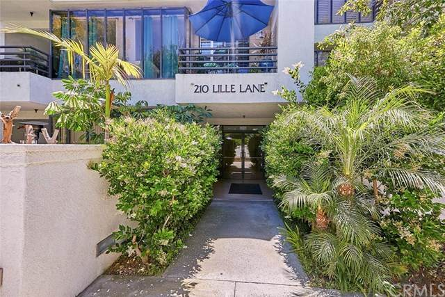 210 Lille Lane #215, Newport Beach, CA 92663 (#PW20100227) :: Sperry Residential Group