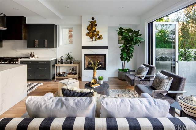 505 Poppy Avenue, Corona Del Mar, CA 92625 (#NP20100321) :: RE/MAX Empire Properties