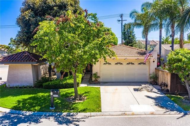 8302 Delfino Circle, Huntington Beach, CA 92646 (#PW20100477) :: Z Team OC Real Estate