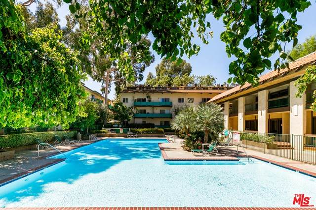 5460 White Oak Avenue A323, Encino, CA 91316 (#20582824) :: The Najar Group