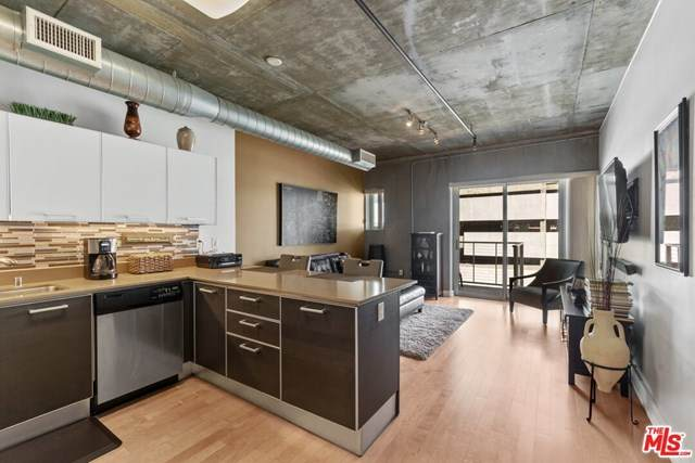 645 W 9TH Street #509, Los Angeles (City), CA 90015 (#20583086) :: The Marelly Group | Compass
