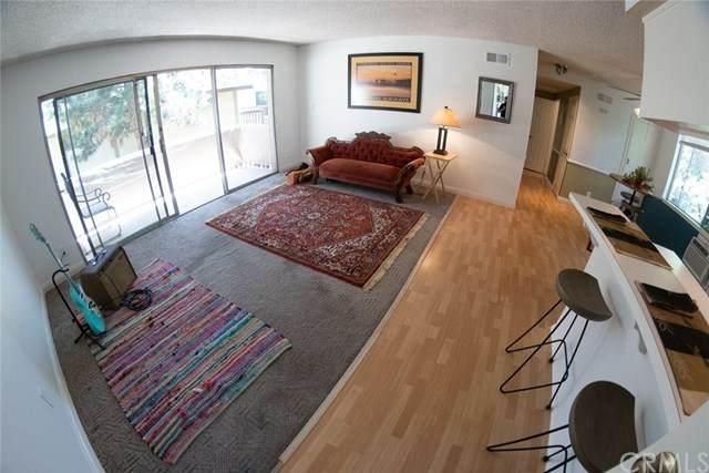 3050 S Bristol Street 3D, Santa Ana, CA 92704 (#OC20100837) :: The Marelly Group | Compass