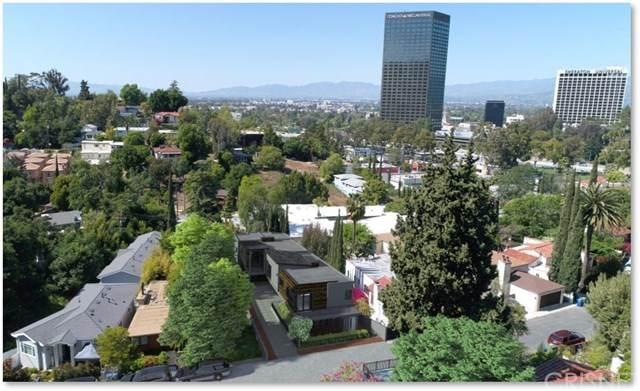 3686 Fredonia Drive, Hollywood Hills, CA 90068 (#SR20100931) :: The Najar Group