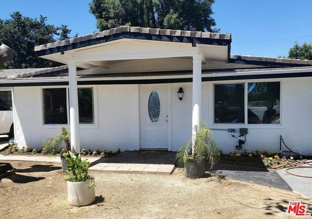 22119 Bassett Street, Canoga Park, CA 91303 (#20583156) :: RE/MAX Empire Properties