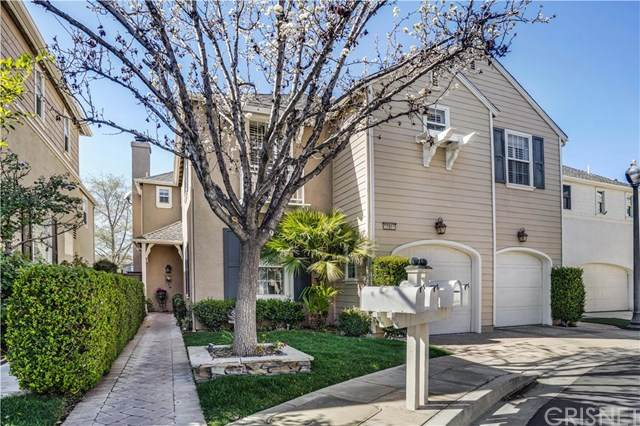 27011 Waterside Court, Valencia, CA 91355 (#SR20100982) :: The Brad Korb Real Estate Group