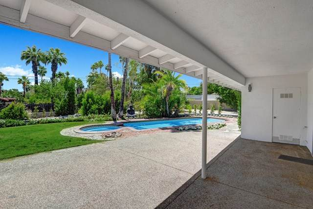 73135 Shadow Mountain Drive, Palm Desert, CA 92260 (#219043541PS) :: Cal American Realty