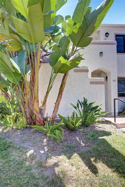 9316 Twin Trails Dr #201, San Diego, CA 92129 (#200024054) :: The Costantino Group | Cal American Homes and Realty
