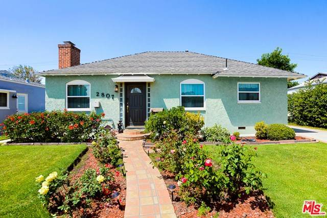 2807 S Barrington Avenue, Los Angeles (City), CA 90064 (#20583304) :: The Costantino Group | Cal American Homes and Realty