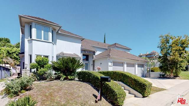 5965 Nora Lynn Drive, Woodland Hills, CA 91367 (#20583170) :: RE/MAX Empire Properties