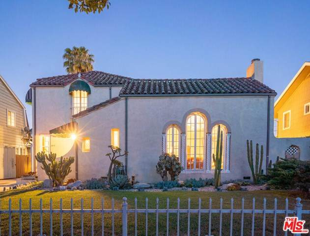 972 Westchester Place, Los Angeles (City), CA 90019 (#20579722) :: RE/MAX Masters