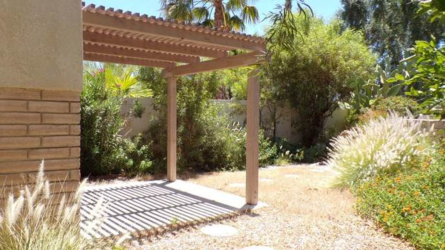 3000 Sunflower Circle E, Palm Springs, CA 92262 (#219043581DA) :: RE/MAX Masters